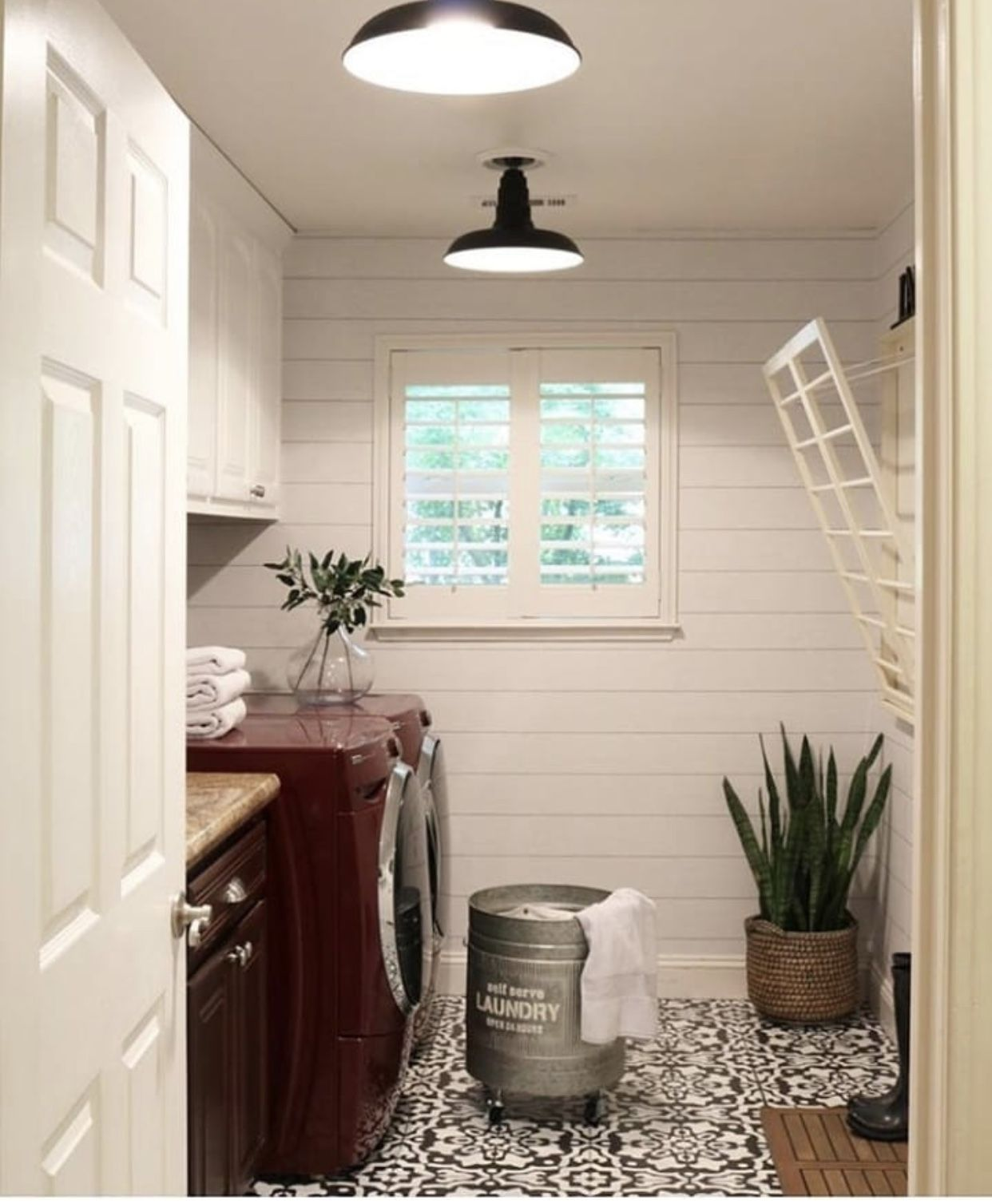 Pin by Leah on Laundry Room/mudroom Diy farmhouse