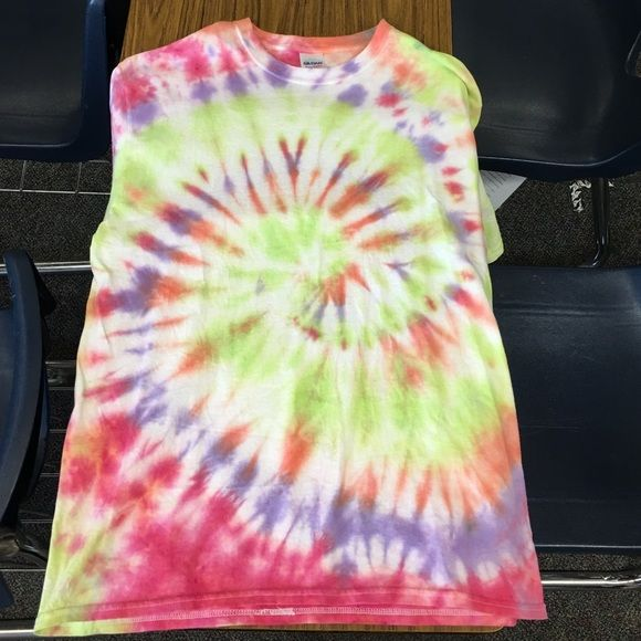 Handmade tie-dye t-shirt. Human heavyweight cotton, short sleeve. Gildan Tops Tees - Short Sleeve