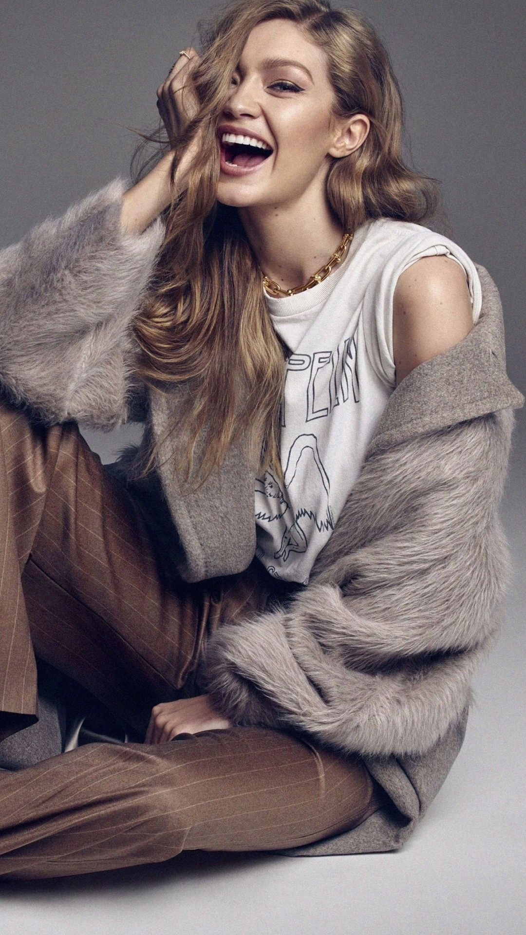 Gigi Hadid, supermodel, smile wallpaper #gigihadid