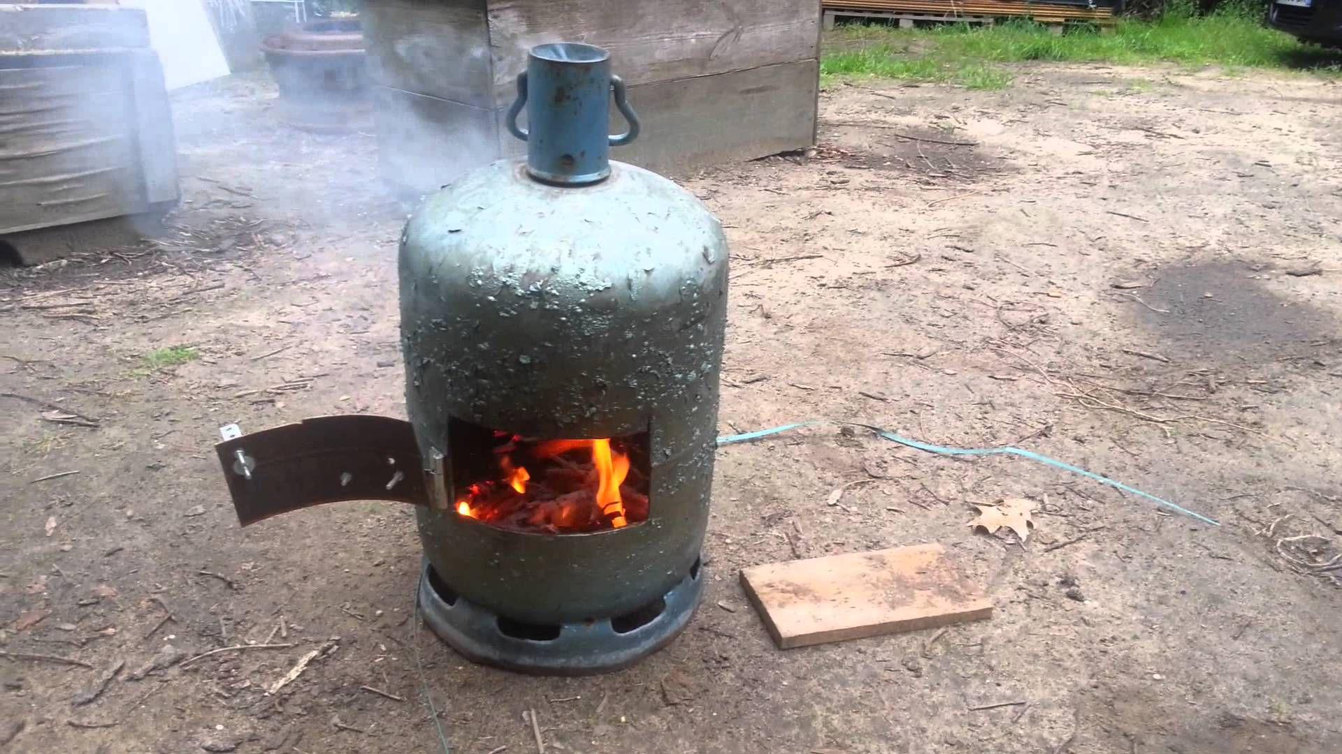 Poele a bois de camp boutielle gaz - Fabriquer un chauffe eau piscine bois ...