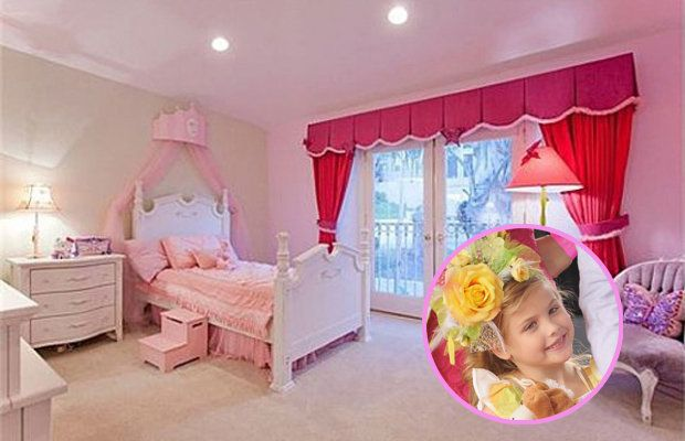 Anna Nicole Smith S Former Home Finally Sells All Proceeds Go To