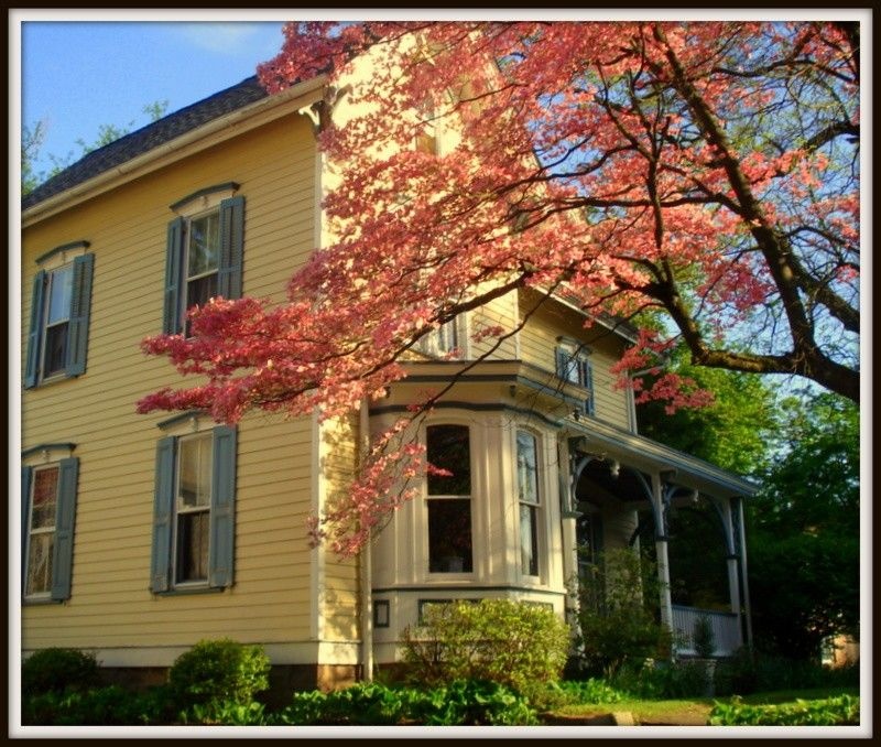 OldHouses.com - 1857 Victorian: Queen Anne - Historic Home In Hartsville, Bucks County in Warminster, Pennsylvania