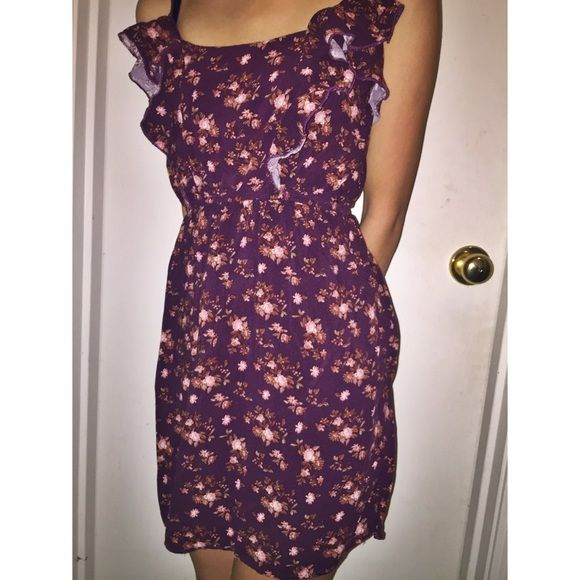 Plum floral dress Gently used, comfortable floral dress. It is a little above knee length and has a cute ruffle detail. Reads as medium, fits as small Rue 21 Dresses Mini