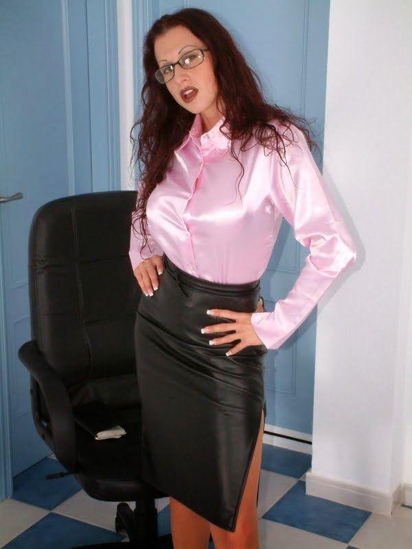 Tight blouse fetish