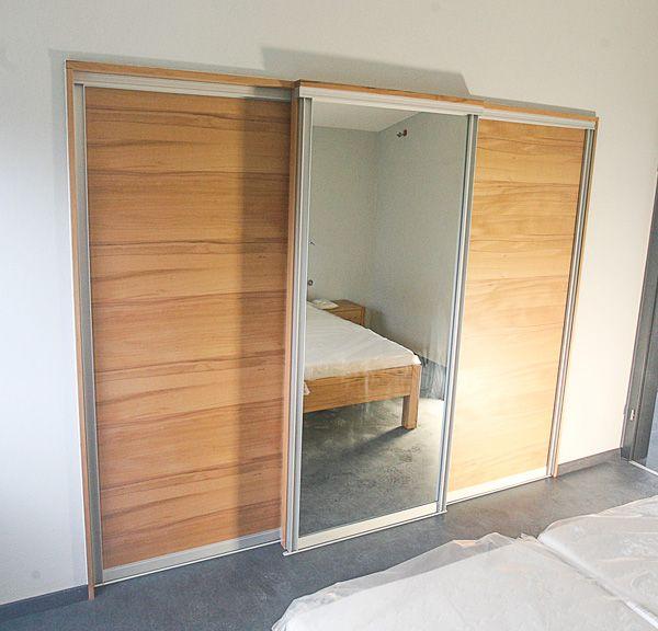 Begehbaren Kleiderschrank in Nische eingebaut – im neuen ...