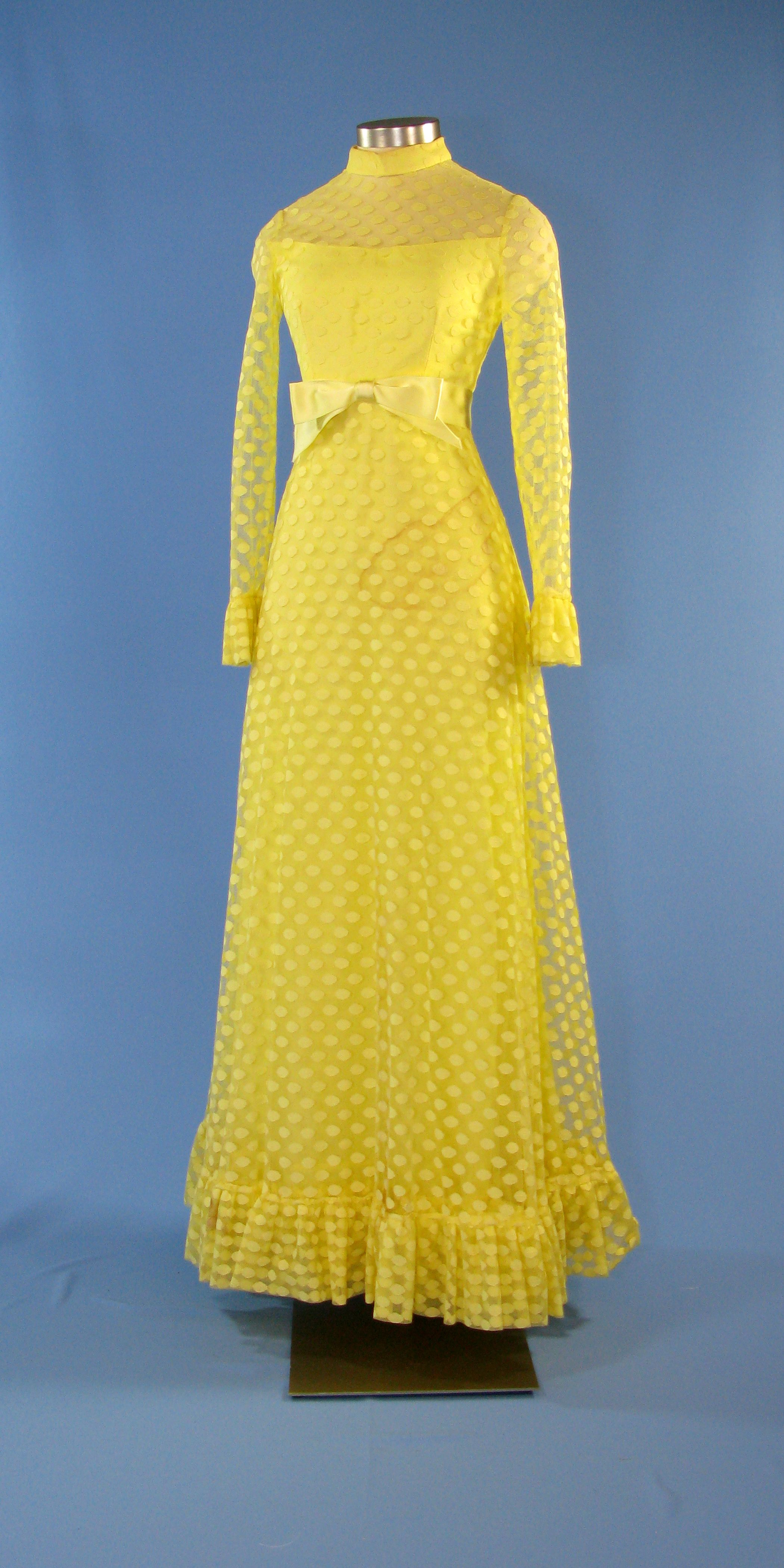 a lemon yellow polka dot gown designed by frankie welch for betty ford the yellow chiffon. Black Bedroom Furniture Sets. Home Design Ideas