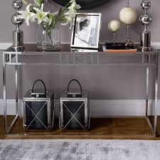 Find the most exclusive and beautiful console to your entryway and improve your home interior. #homeinterior #consoletables #trends2017