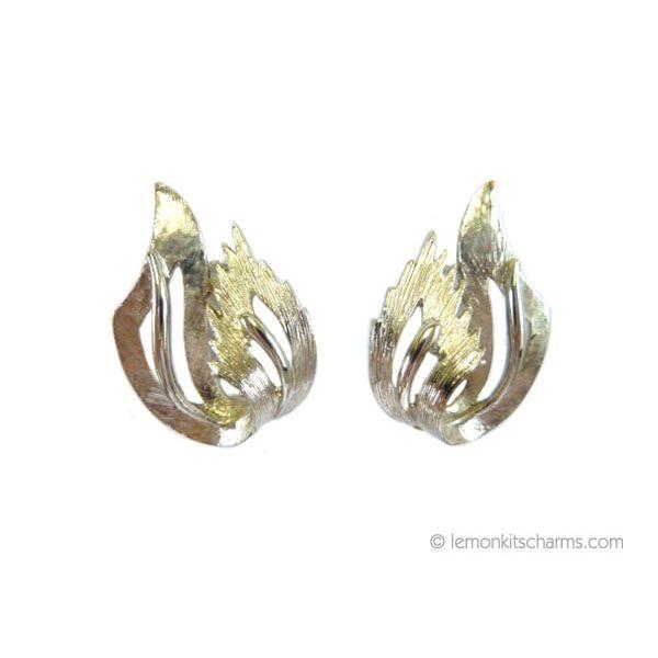 Vintage Textured Silvertone Folded Plume Earrings