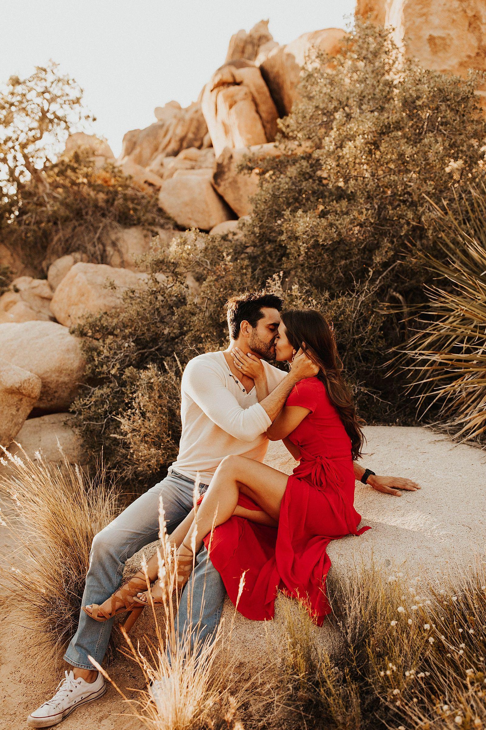 Joshua Tree Engagement Shoot // Engagement Photos // National Park Couples Photos // Joshua Tree Wedding Photographer // Meg Amorette Photography