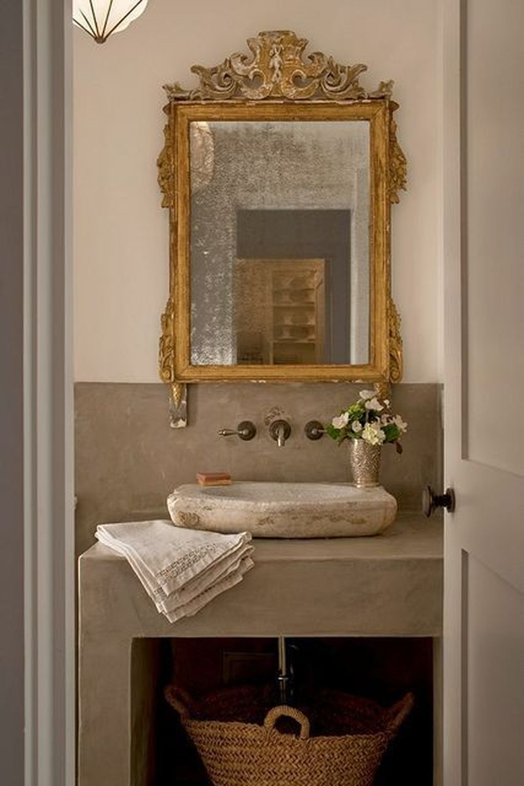 Antique Mirrors In A Bathroom Adding Charm Character Bathroom Inspiration Shabby Chic Bathroom Bathroom Design