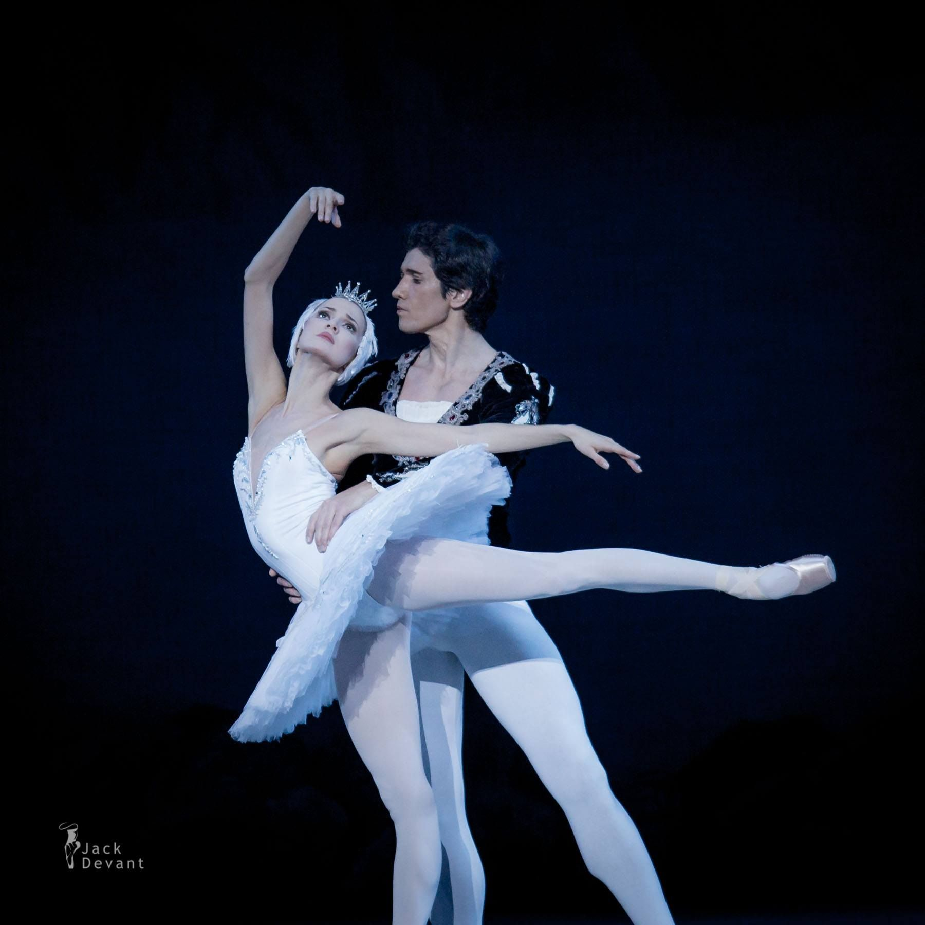 Alina Somova as Odette & Danila Korsuntsev as Prince Siegfried from 'Swan Lake' - Photo by Jack Devant