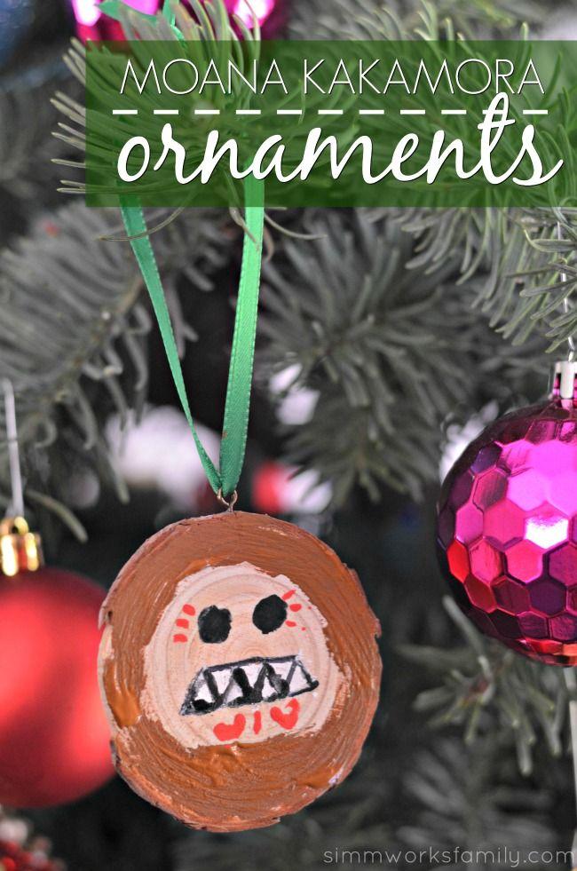 Disney-Themed Christmas Tree by Alfredo Majuri Vargas |Moana Themed Christmas Tree