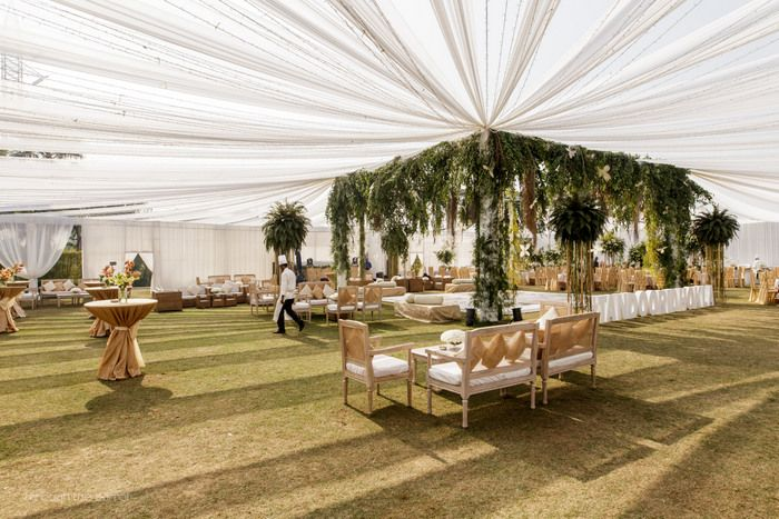 Stylish And Elegant Sundowner In Delhi in White & Green! | WedMeGood - Best Indian Wedding Blog for Planning & Ideas.