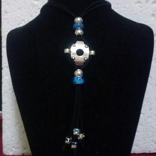 Collar de Zamak azul