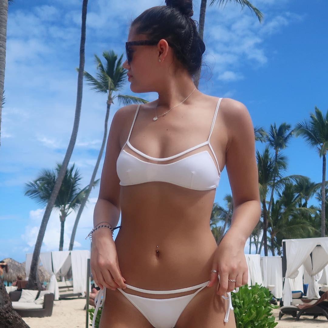 Bikini Emily Canham nudes (83 photos), Tits, Fappening, Instagram, cameltoe 2020