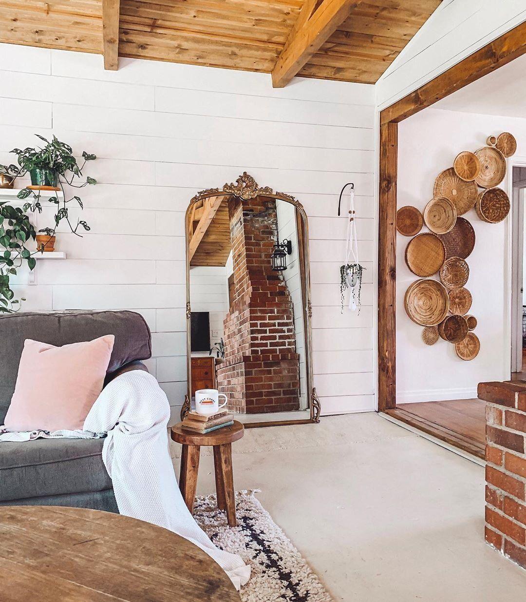 How to create a basket wall farmhouse living baskets
