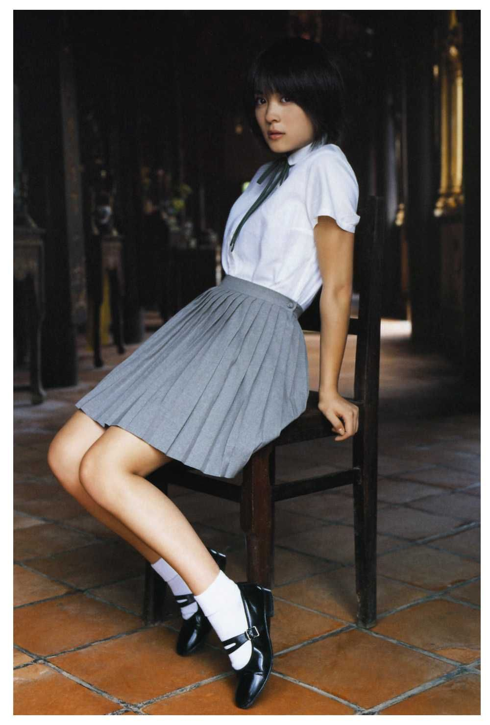 北乃きいさん 見て和む画像壁紙集 まとめアットウィキ Pleated Mini Skirt Girl Outfits Mini Skirts
