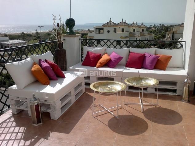 Foto de ASIENTOS PALETS (Chill Out,Terrazas,Cama Balinesa) | balcony ...