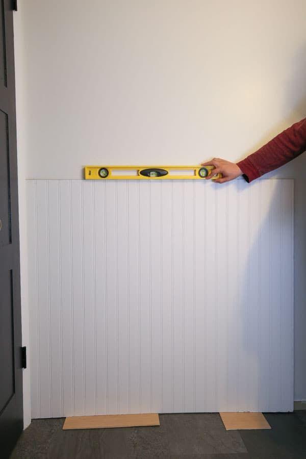 DIY Beadboard Bathroom | How to install beadboard, Classic ...