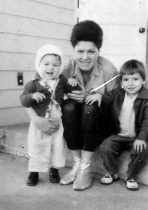 Patsy With Her Children Randy And Julie At Their Home On Hillhurst