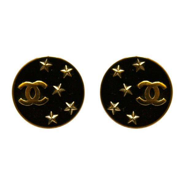 Chanel - CHANEL black earrings with gilt CCs and stars ❤ liked on Polyvore featuring jewelry, earrings, accessories, chanel, gioielli, star jewelry, earrings jewellery, star earrings, chanel jewellery and chanel earrings