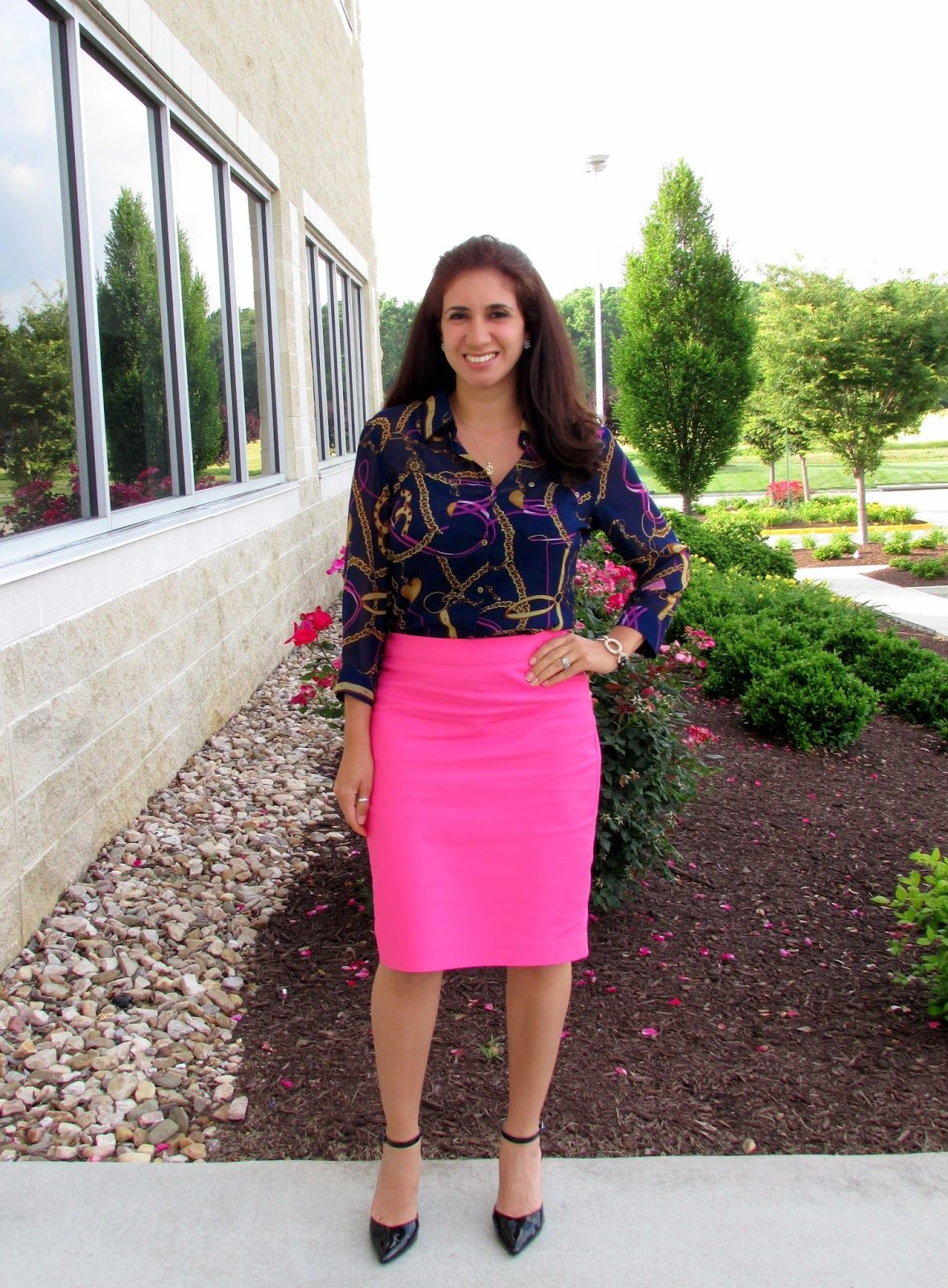 Navy & JCrew hot pink pencil skirt | Dayi's Sense of Style ...