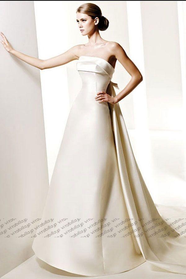 骨格 ストレート ウェディング ドレス
