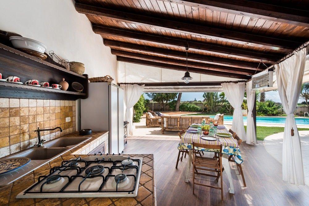 Villa Samantha, luxury vacation rentals in Sicily