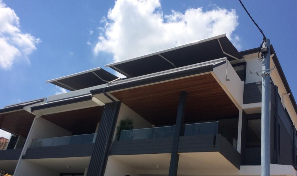 Retractable Awnings Brisbane With Images Awning Retractable Awning Roofing Systems