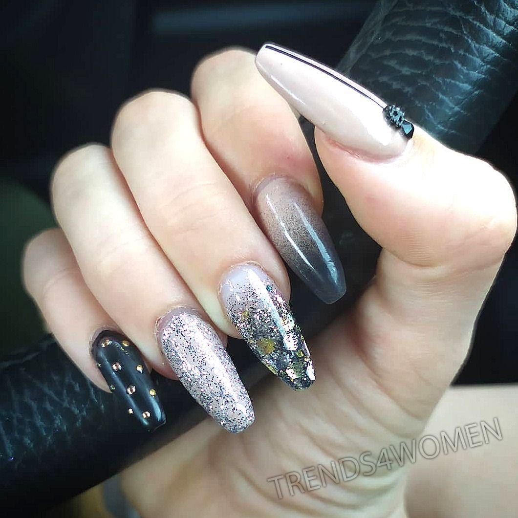 #ongles #gel #semipermanent #nails #rallongementgel #extensiongel #nailart #naildesigns #nailfashion #nailfeed #naillover #nailobsession #nailoftheday #nails2inspire #nailsdone #nailslove #nailsstyle #nailselfie #nailstoinspire #nailsofinstagram #nailsforyou #toulouse #blackismyhappycolor #black #peggysagetoulouse #peggysageofficial