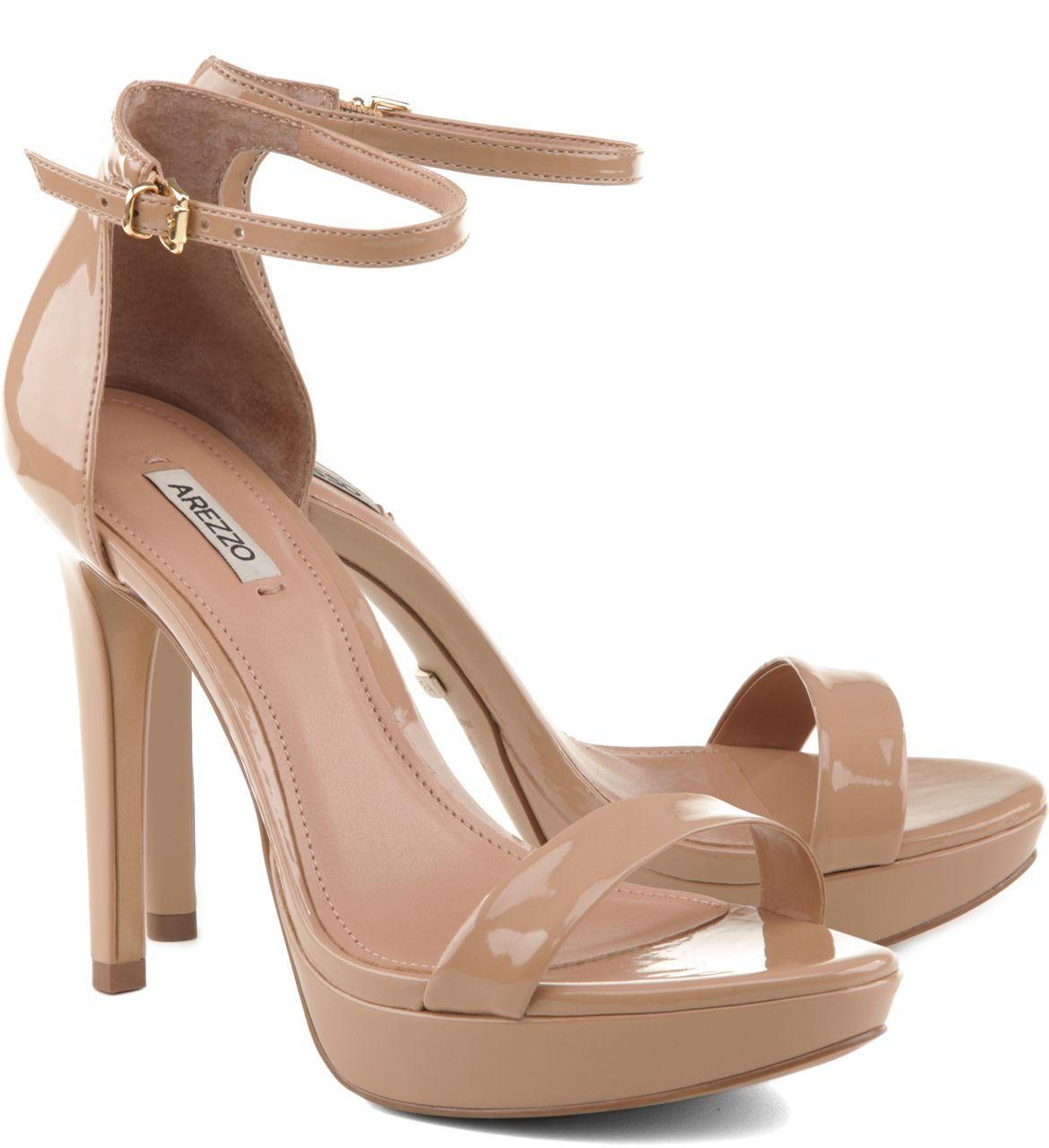f198812ec Sandália Verniz Pelle | Arezzo | Outfit | Sandalia, Sapatos e Saltos ...