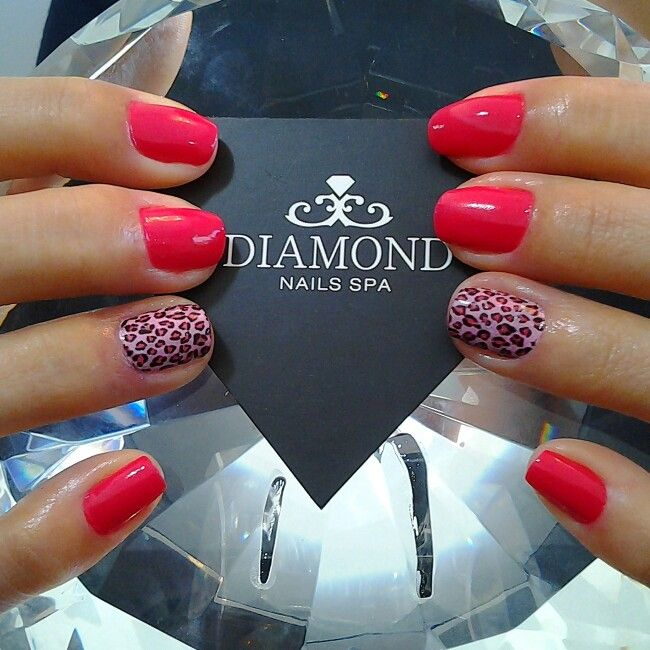 #diamondnailsspa #diamondnails #nailart #nailpolish #instaunhas #adesivodeunha #naillovers