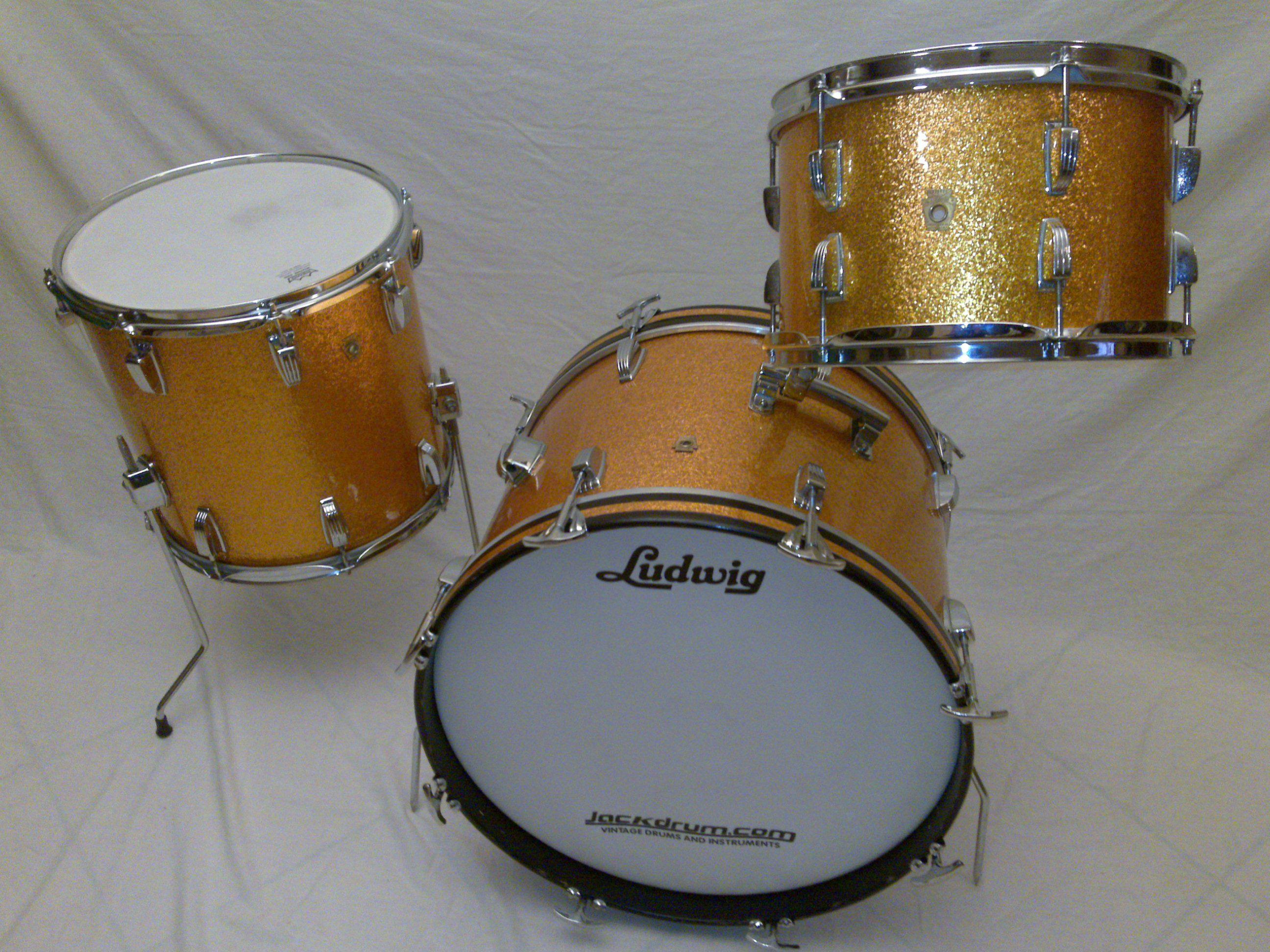 1966 vintage ludwig downbeat gold sparkle drum set sold vintage drums on sale batteria. Black Bedroom Furniture Sets. Home Design Ideas