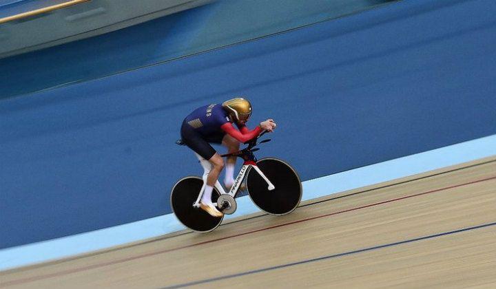 Bradley Wiggins, no quiere dejar nada al azar en su intento de batir el récord de la hora (Foto Sky Sports