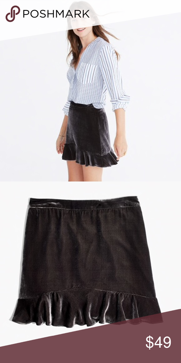 NWT Womens GAP Black Pleated Mini Skort Size 2 $40