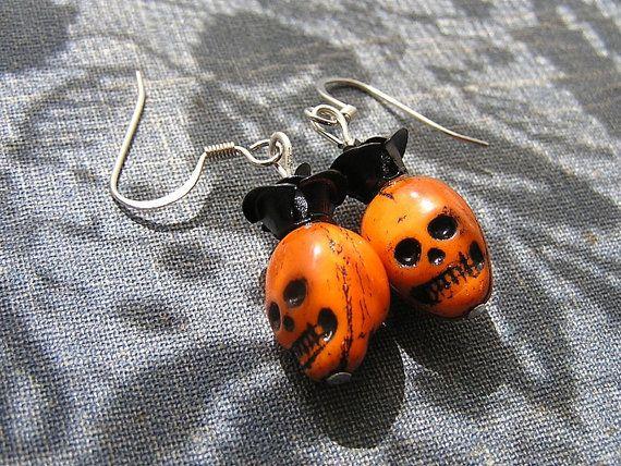 Day of the dead skull earrings Mini skulls and by shabbyskull