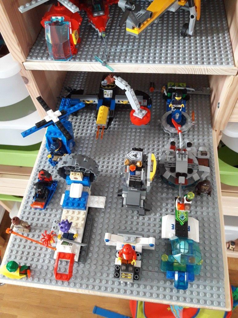 Ikea Lego Aufbewahrung Hack Trofast Einlegeboden Und Eine Lego Platte Mit Doppelseitigem Klebeband Fixieren Lego Aufbewahrung Aufbewahrung Kinderzimmer Ikea