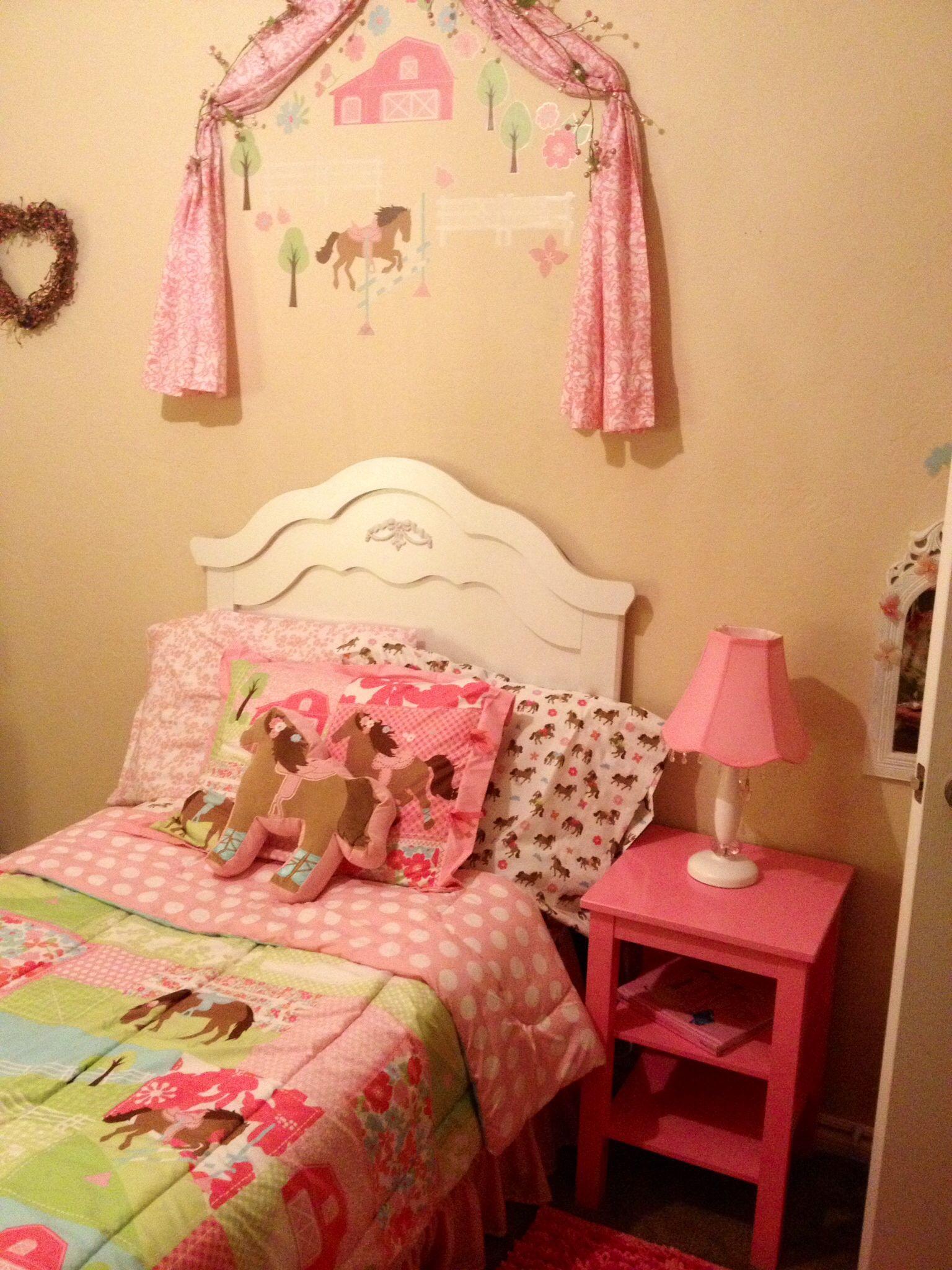 Target Circo Pretty Horses bedding Target fairy tale pink night ...