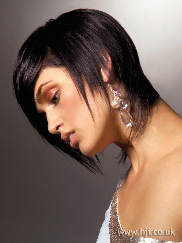 2005 dark short hairstyle