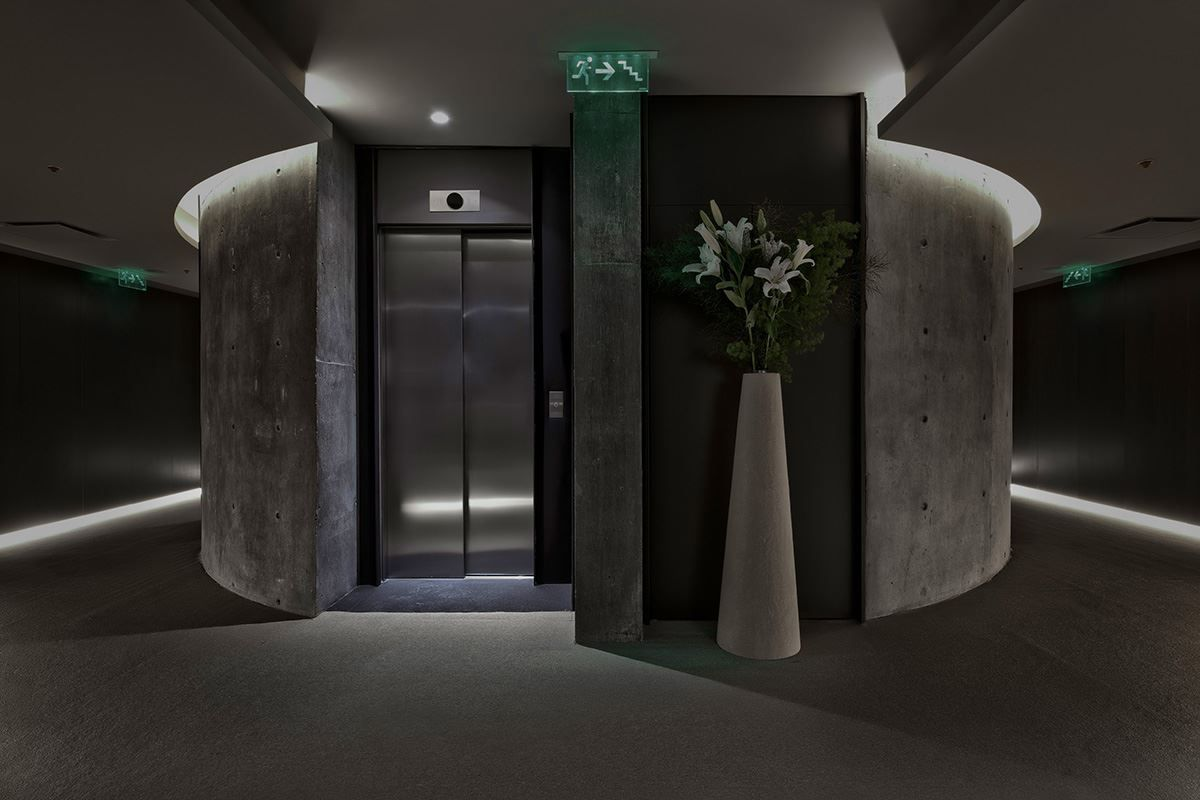Hotel La Plata  Picture gallery  Hotels  Lift Lobby  Pinterest