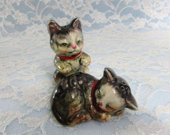 Kitten Cat Salt Pepper Shakers Gray Black Tabby by BeanzVintiques