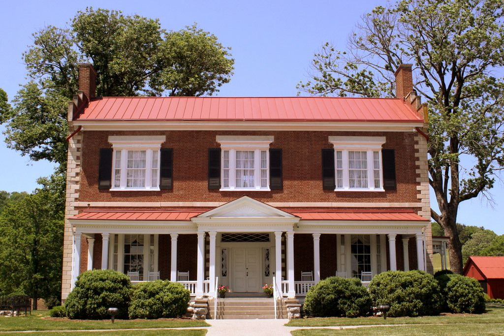 Ravenswood Mansion (Front) Brentwood, TN in 2020