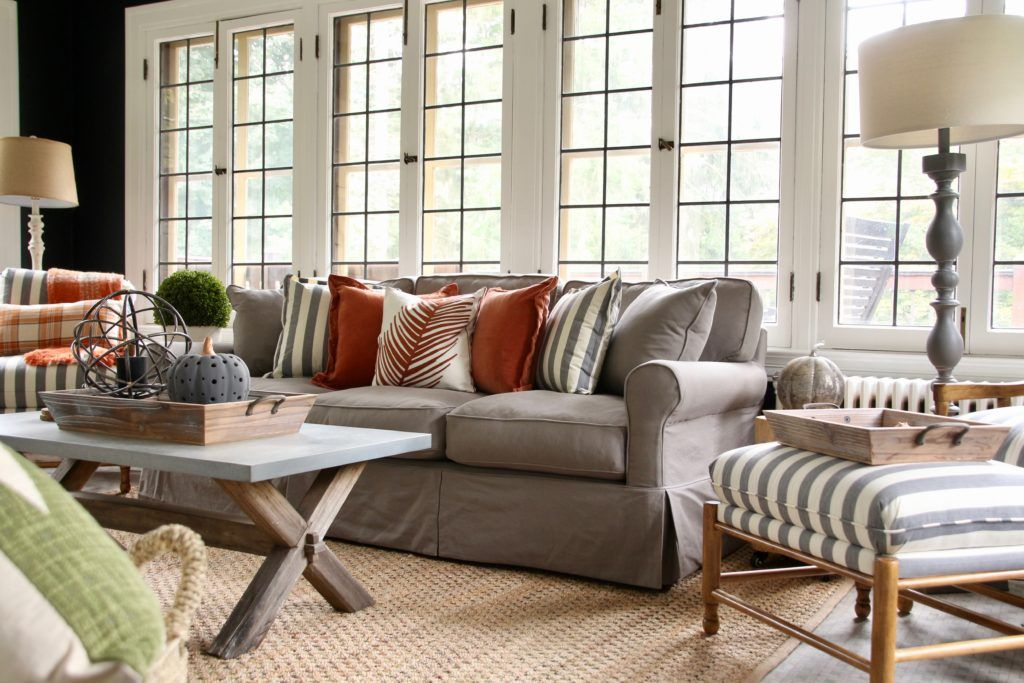 Fine Farmhouse Style Living Rooms Decorating With Black And Bralicious Painted Fabric Chair Ideas Braliciousco