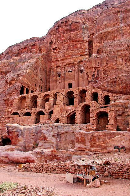 Jordan-18A-099 - Urn Tomb #petrajordan