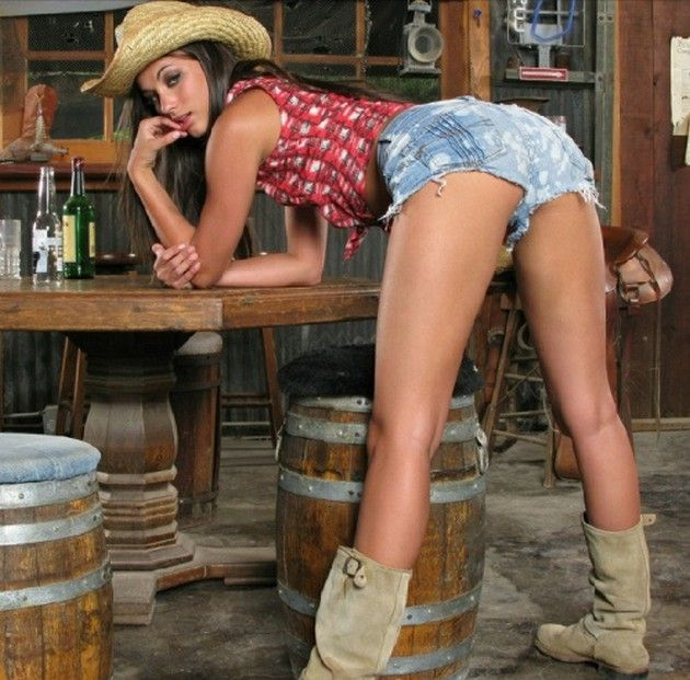 Git On Up With Hot Cowgirls Sexy Cowgirls Pinterest