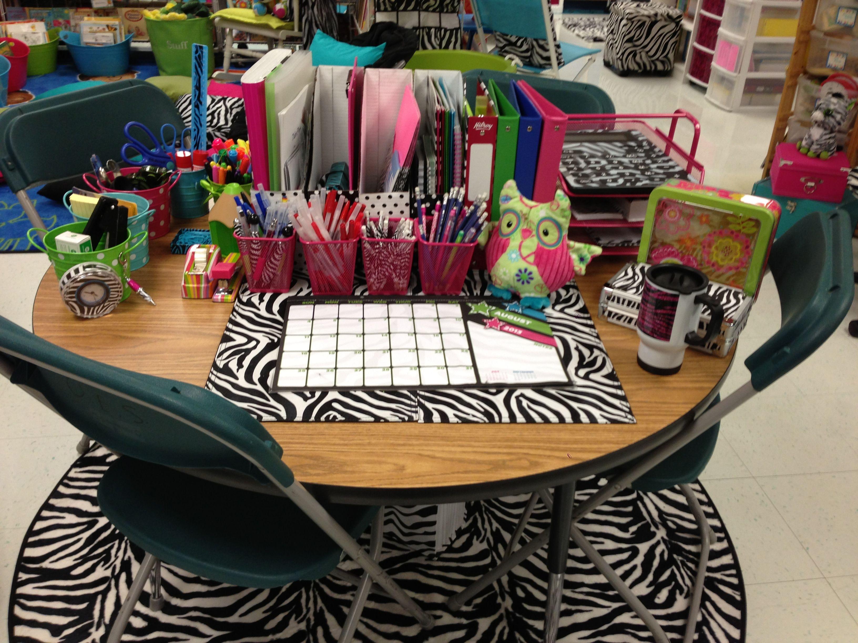Cute Teacher Desk Future Classroom Classroom Organization