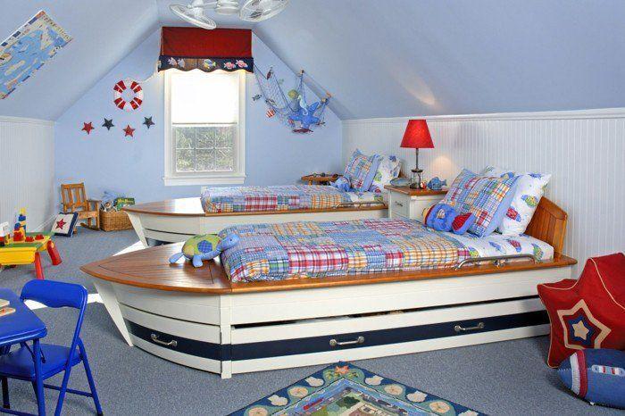 Deko Ideen Kinderzimmer Jungenzimmer Blaue Wände Betten Schiffe Dachschräge