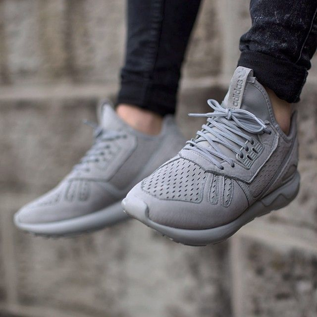 Adidas Tubular Runner Stone/Stone/Footwear White Outlet Sale