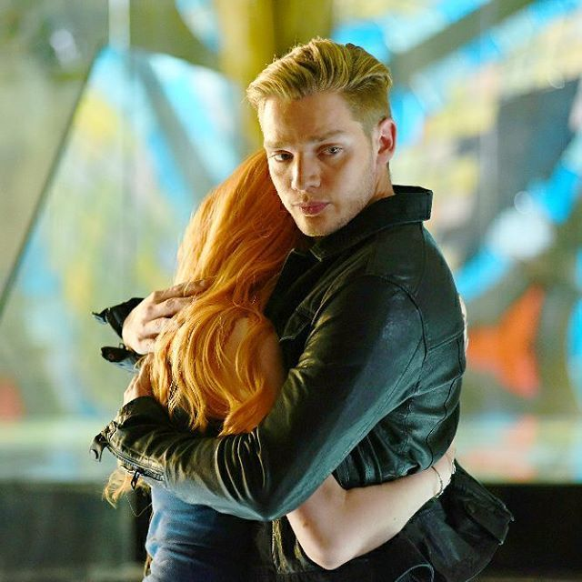 Episode 1x07 still of Clace #Clace #Jace #Clary #shadowhunters