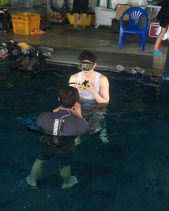 2016.06.28 Lee Jong Suk Instagram Update By @jongsuk0206  -  어푸푸